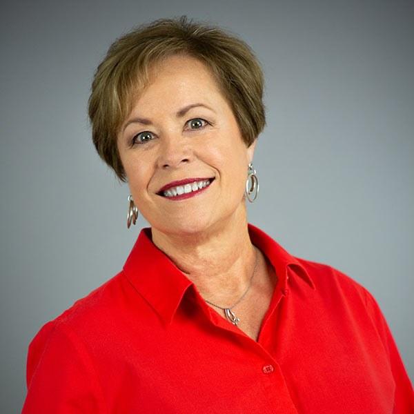 Debbie Balicki Named Salesperson of the Month for Reynolds Lake Oconee Properties
